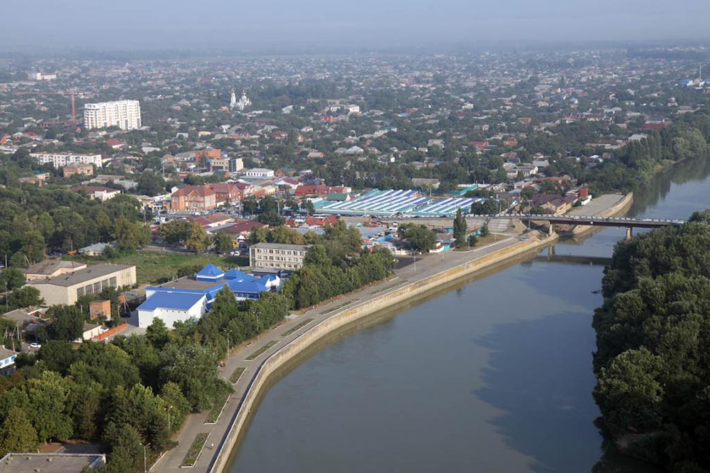 Строительство ангаров в городе Славянск-на-Кубани